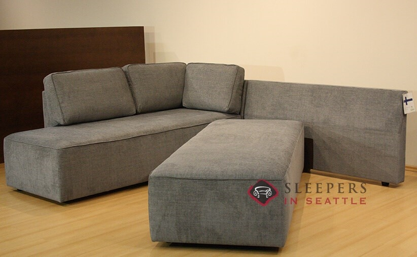 Quick ship new york by luonto chaise sectional fabric sofa for Sectional sleeper sofa new york
